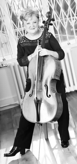 Gillian Thoday cellist